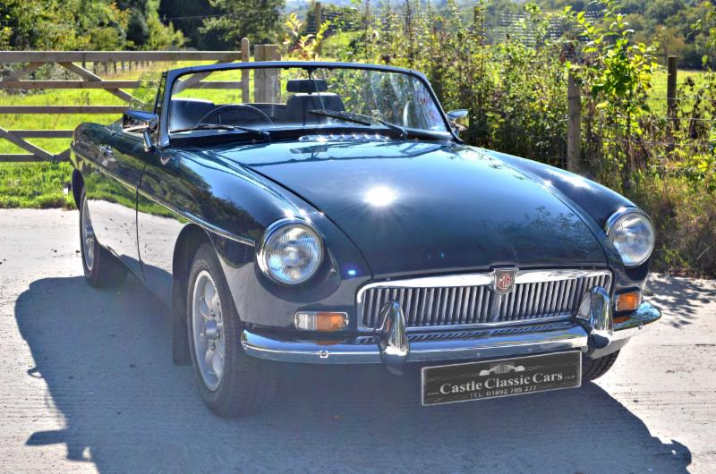 MGB Roadster with hardtop