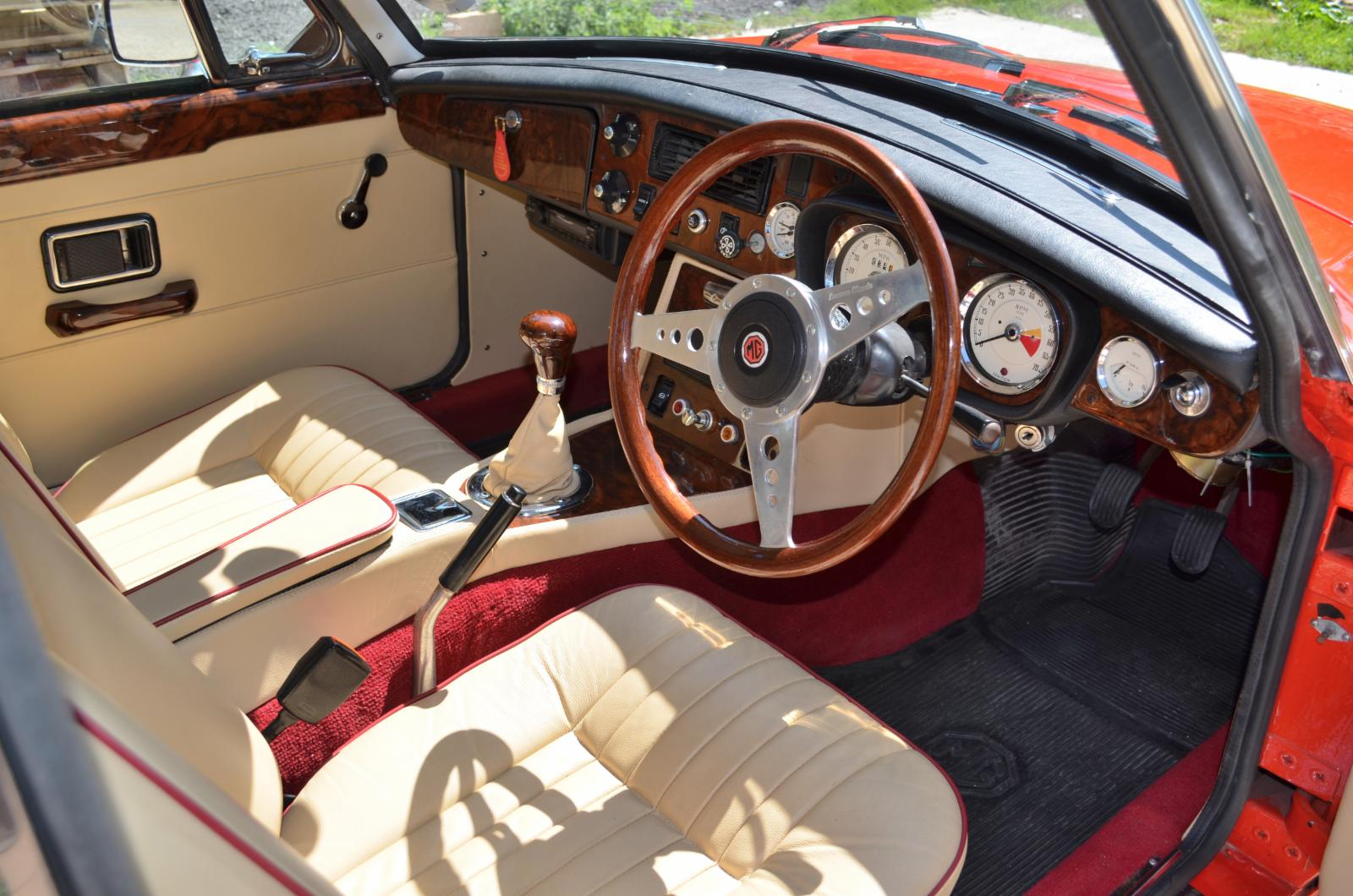 MGB GT for sale | Castle Classic Cars